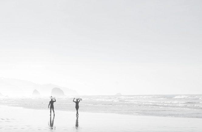 Angst loslassen, Surfer am Strand